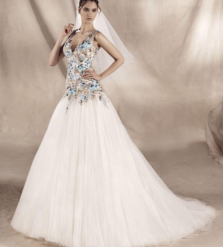 Wedding dresses in Framingham