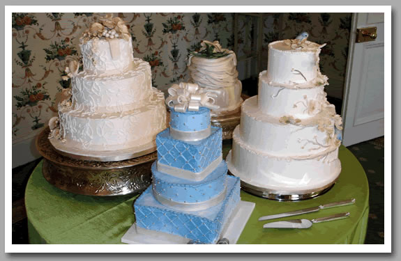 Lynns Traditions Provides Custom Wedding Specialty Cakes In The Raleigh Triangle Area Of NC Fine Dessert Art