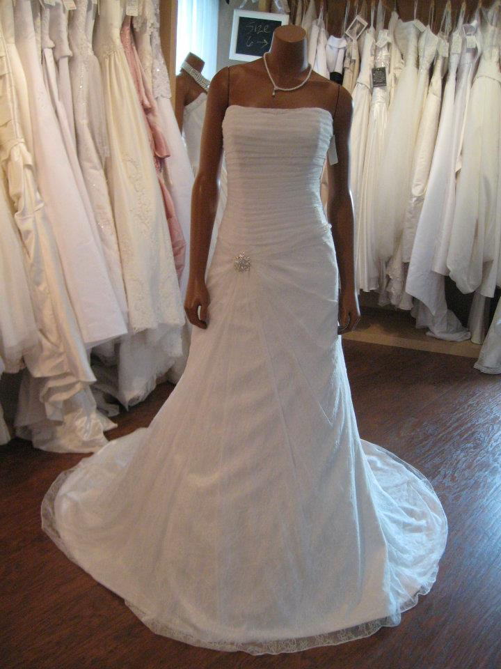 1468cfa1b6b Richele Kay offers  •Never Worn   Gently Worn Wedding Dresses •Never Worn    Gently Worn Veils •Tiaras
